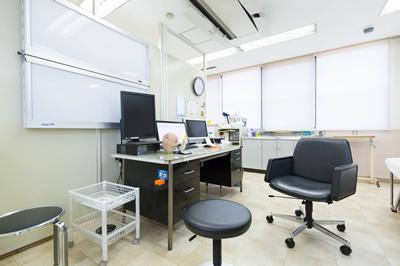 脳外科診察室